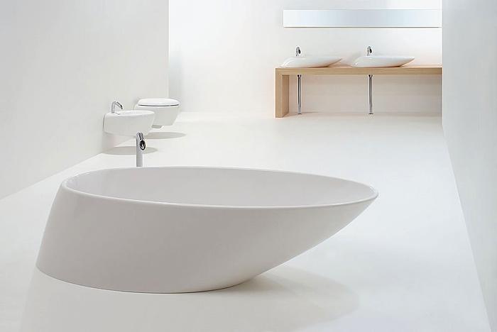 Интерьер ванны маленьких размеров